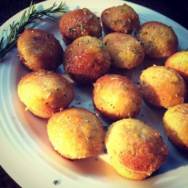 Olive oil mini cakes